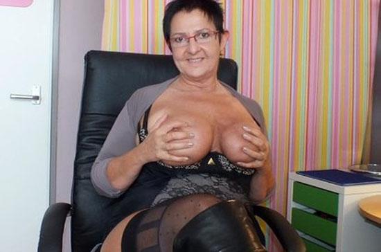 reife cam sexschlampe mit dicken brüsten